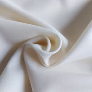 Diagonal twill natural white thin